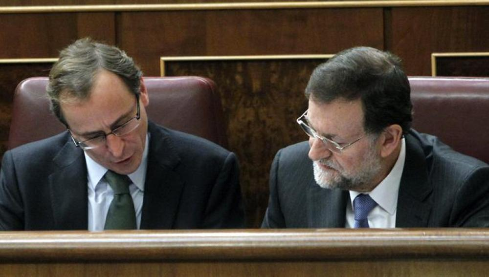 El líder del PP y Mariano Rajoy