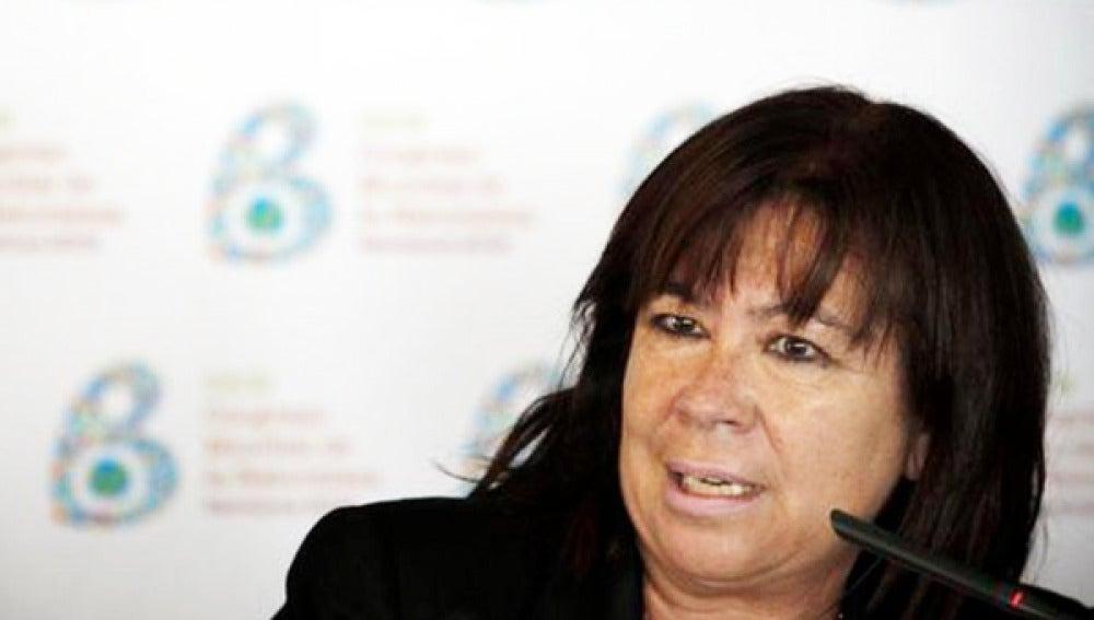 La socialista Cristina Narbona es la autora del quinto texto de la plataforma 'Muchopsoeporhacer'.