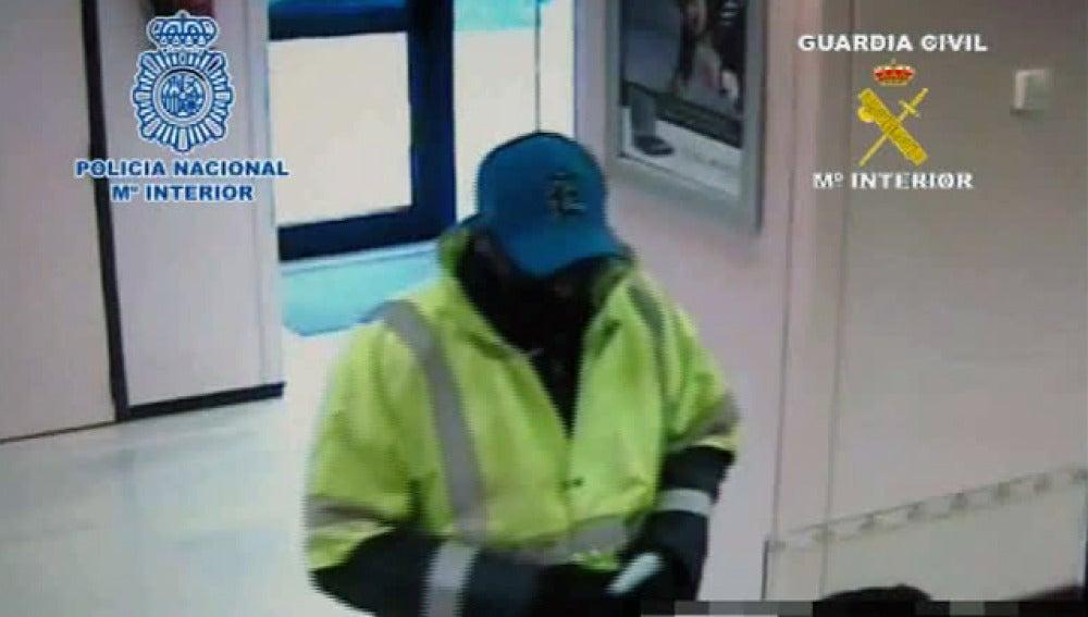 Detenido un atracador de bancos al que se le imputan cinco asaltos a mano armada