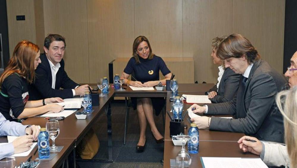 Carme Chacón presenta equipo político