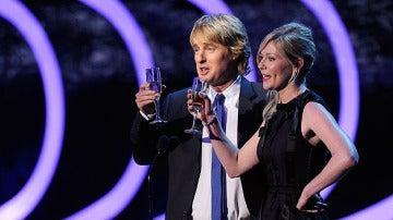 Woody Allen no recogió el premio | Owen Wilson y Kirste Dunst