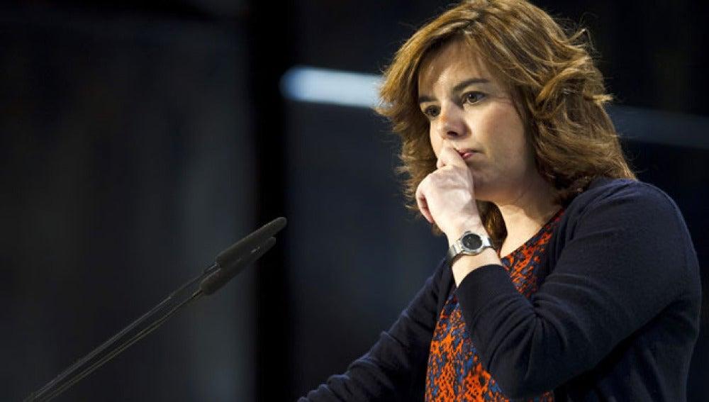 Soraya Sáenz de Santamaría urge a cerrar la reforma laboral