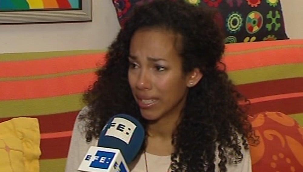 Mujer obligada a devolver a sus hijos a un hombre, denunciado por maltrato