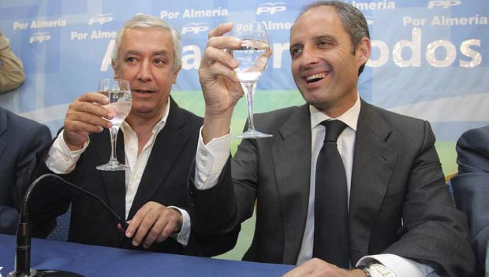 Javier Arenas y Francisco Camps en Almería