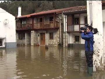 Cantabria y Asturias sufren graves inundaciones debido a las fuertes lluvias