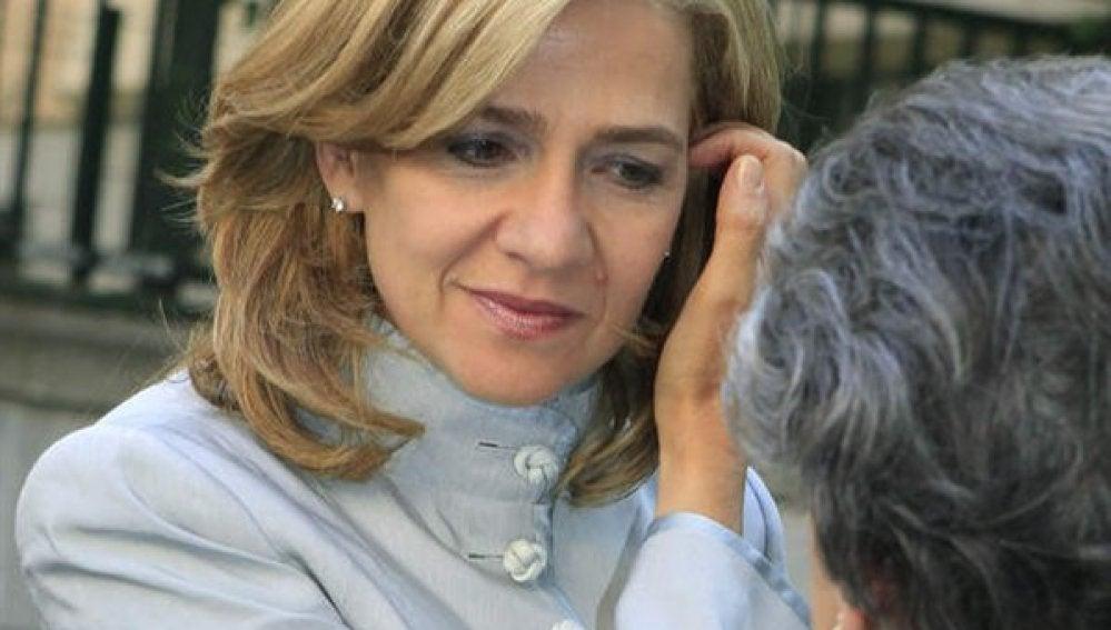 La Infanta Cristina regresa a Barcelona por motivos laborales