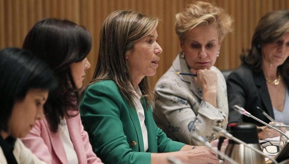 Ana Mato en la comisión de Igualdad del Congreso