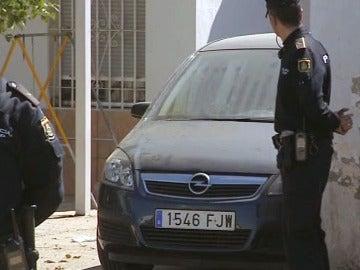 El coche de José Bretón es sacado de la finca de Las Quemadillas