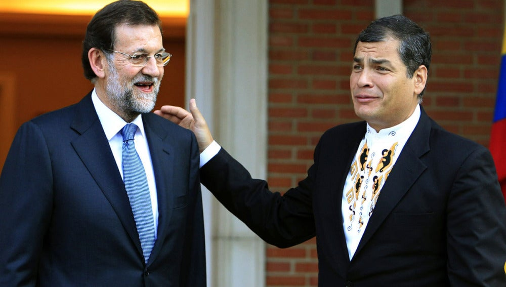 Mariano Rajoy junto a Rafael Correa