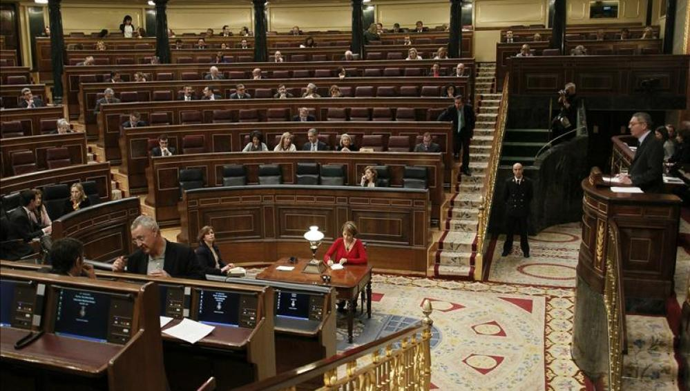 El Congreso de los Diputados casi vacío