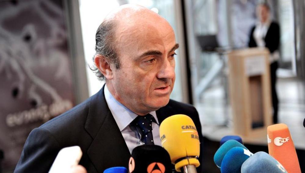 El ministro español de Economía, Luis de Guindos
