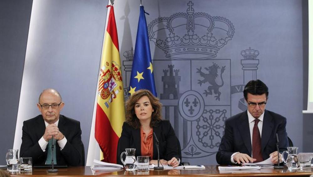 Montoro, Sáenz de Santamaría y Soria, tras un Consejo de Ministros