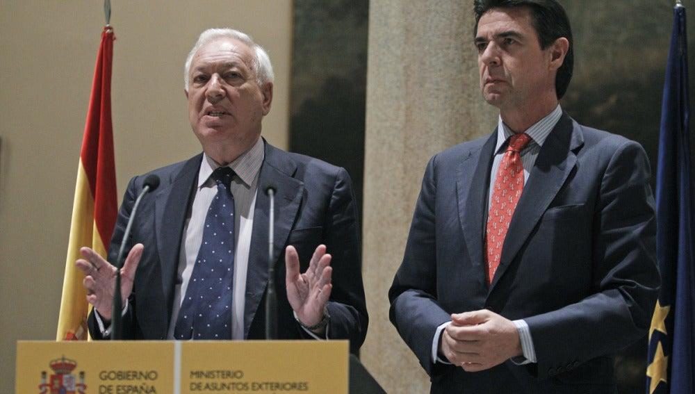 García Margallo comparece junto a Soria