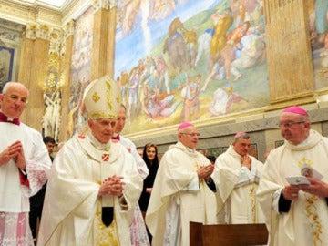 Benedicto XVI celebra su 85 cumpleaños entre rumores de empeoramiento de su salud