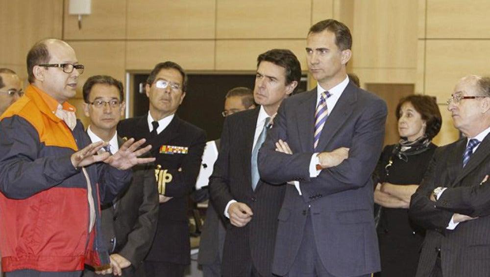 El Príncipe expresa su apoyo a Repsol en Cartagena