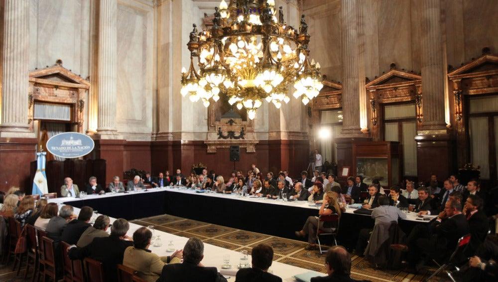 Senadores argentinos participan del plenario de comisiones