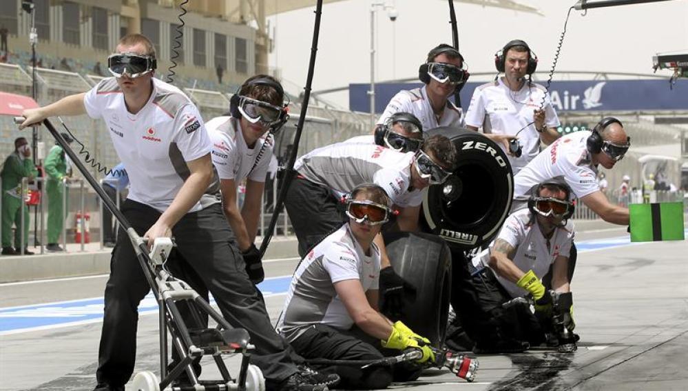 Pit stop de McLaren en Bahréin