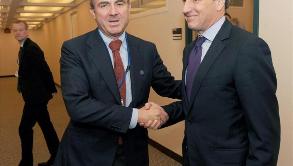 De Guindos, en la reunión del FMI en Washington