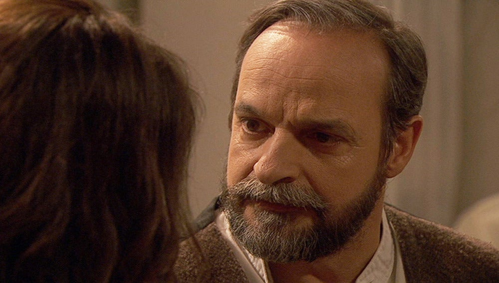 Pepa le pregunta a Raimundo si Tristán puede ser su hijo