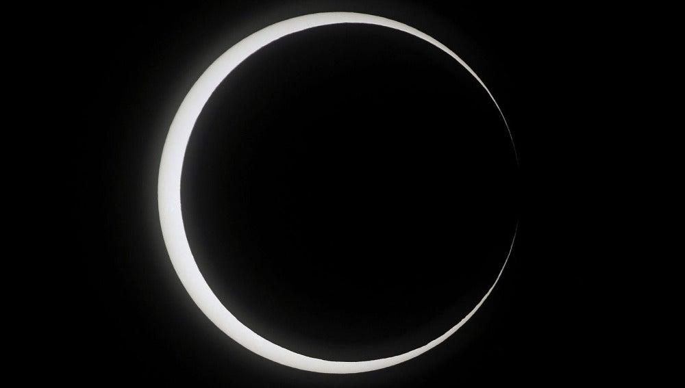 Eclipse anular de Sol, visto desde Japón