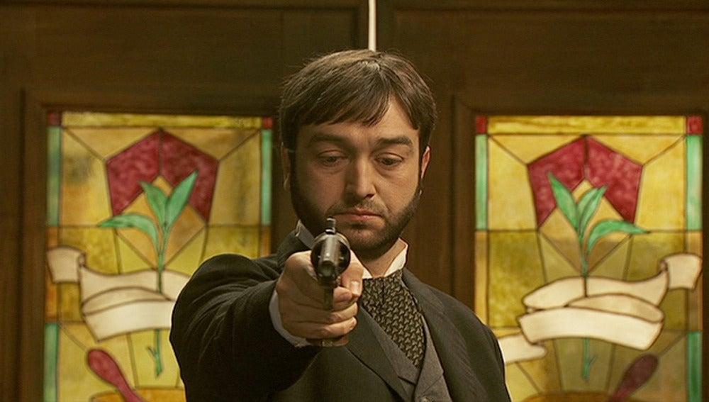 Manuel dispara a Paquito