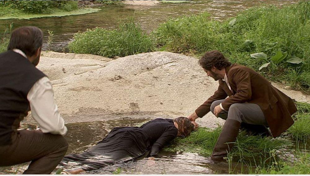 ¿Quién es la mujer que hay en el río?