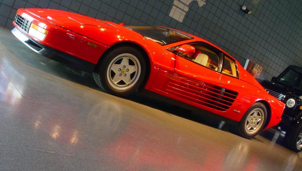 Ferrari Testarrosa (1984)