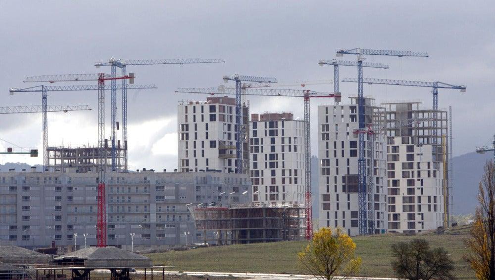 Paisaje de viviendas en construcción