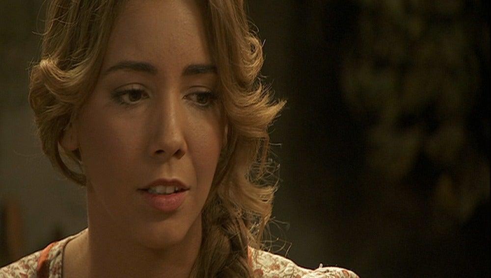 Emilia le pide tiempo a Alfonso