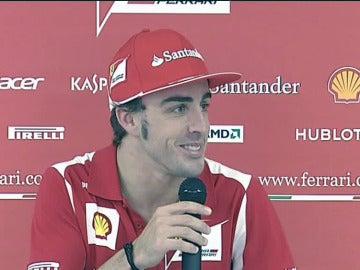 Alonso ante los medios