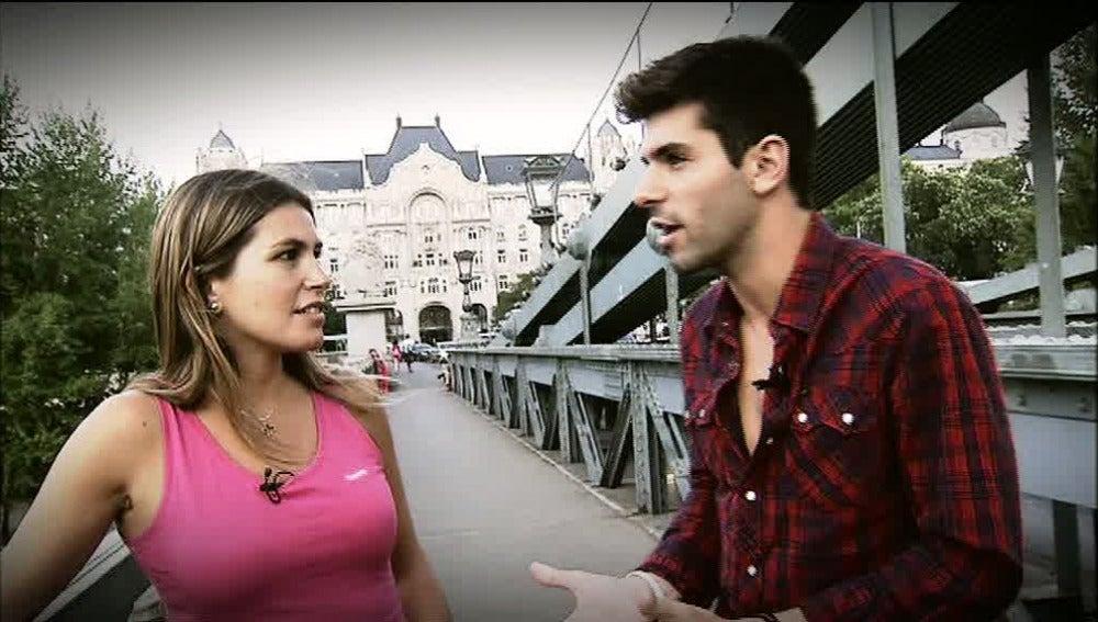 Alguersuari con Nira Juanco en Budapest