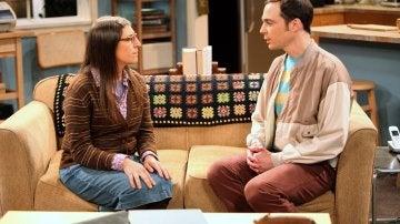 Amy con Dr. Sheldon Cooper