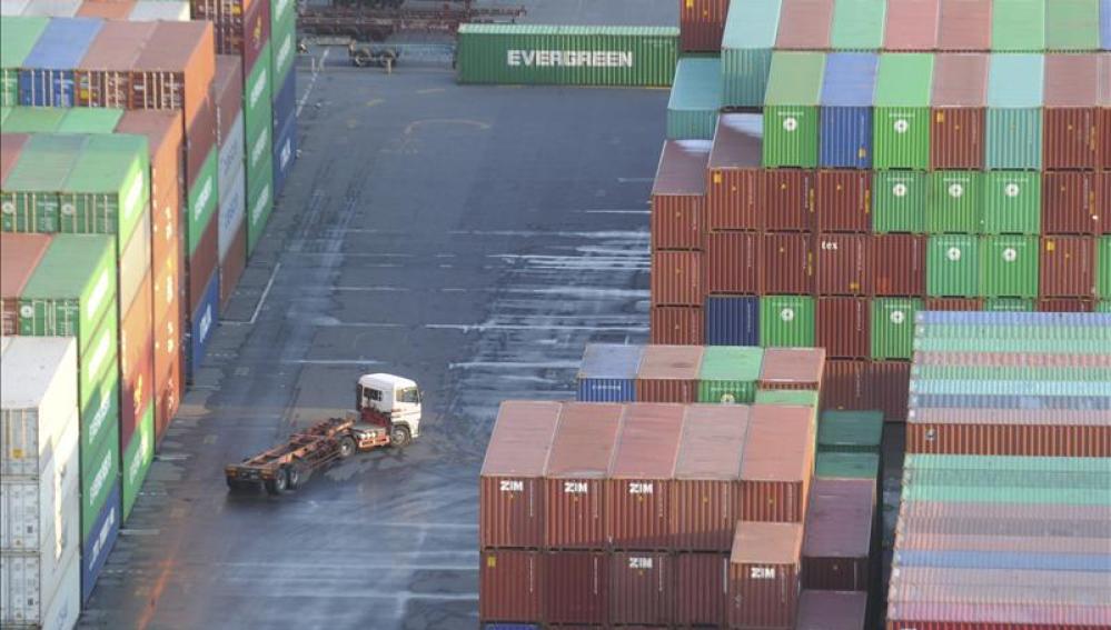 Las exportaciones han ayudado a bajar el déficit comercial