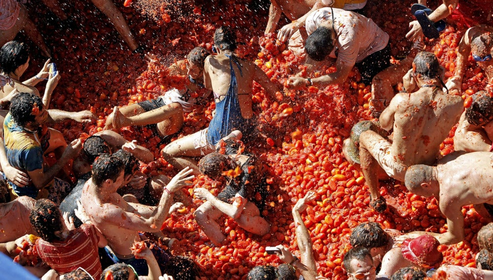 El tomate invade las calles