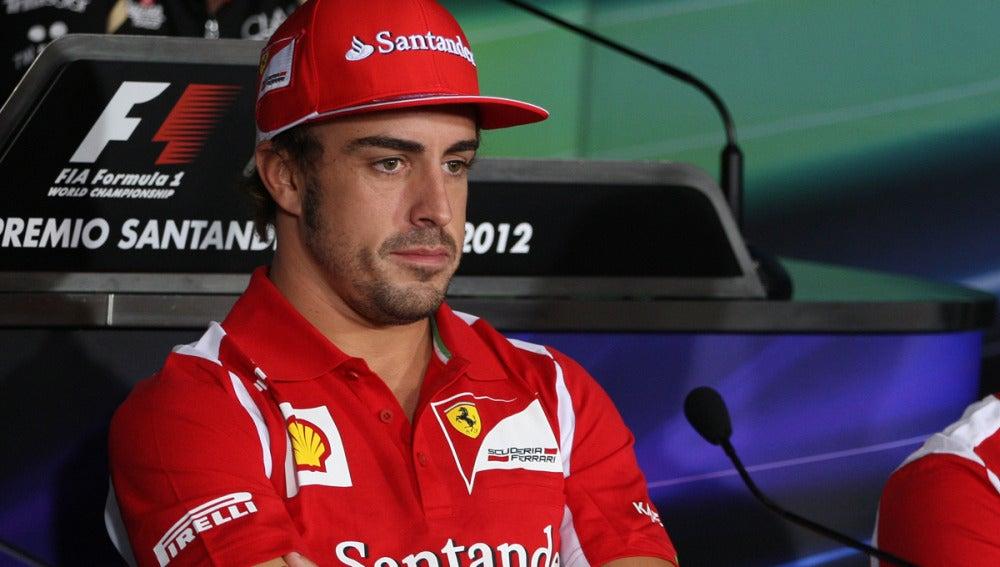 Fernando Alonso en rueda de prensa