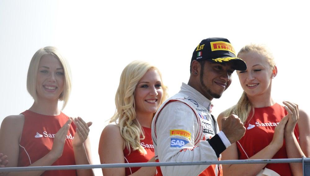 Hamilton gana en Monza