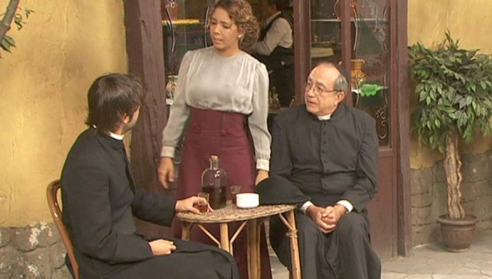 Gonzalo da la noticia de la relación entre Fernando y María