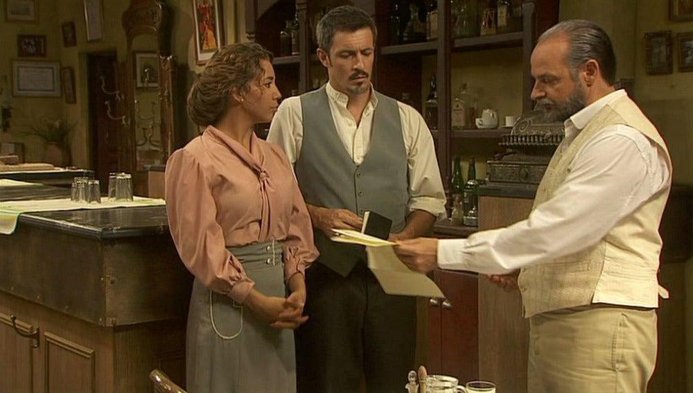 Raimundo recibe una invitación personal de Francisca