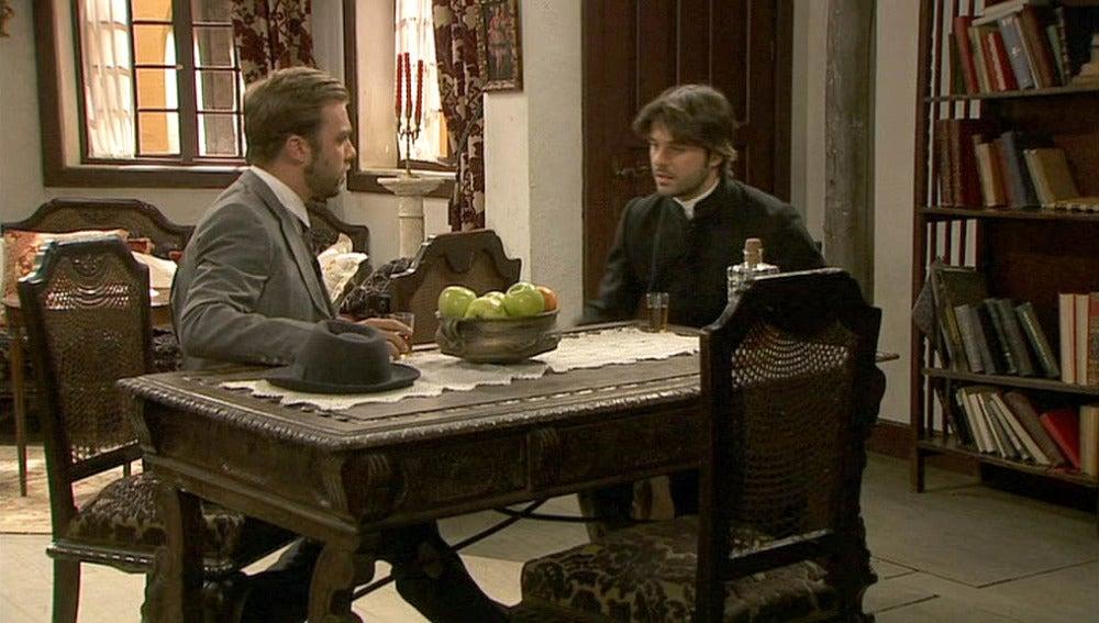 Fernando viene a ofrecer su ayuda a Gonzalo