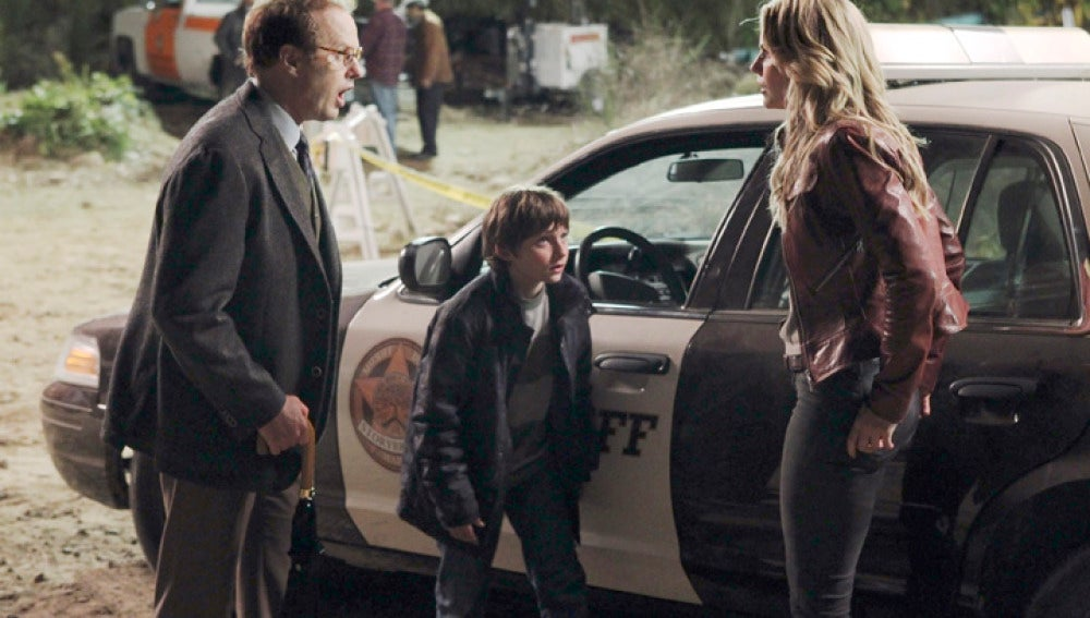 Henry, Archie y Emma Swan