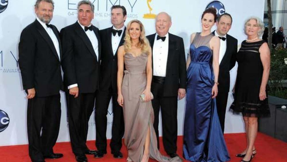 Los actores de 'Downton Abbey' en la alfombra roja de los Emmy