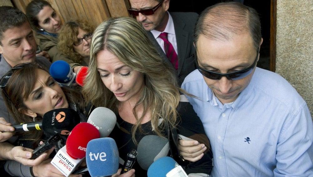 La concejala socialista de Los Yébenes, Olvido Hormigos, a la salida de los juzgados de Orgaz