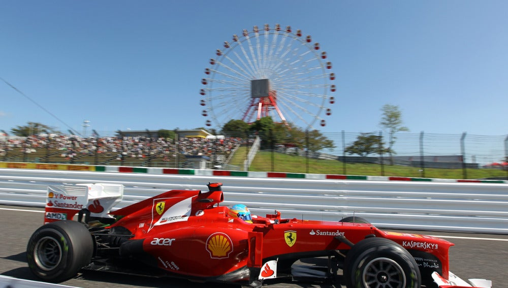Alonso rueda sobre Suzuka