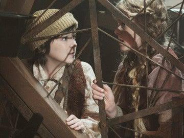 Hansel y Gretel escondidos