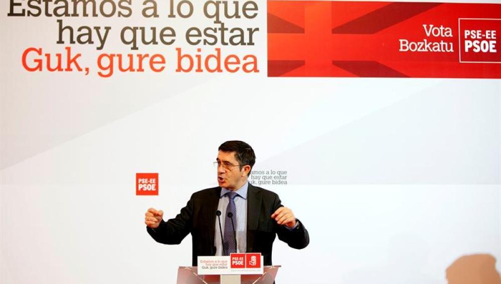 Patxi López ha estrenado la campaña en Vitoria