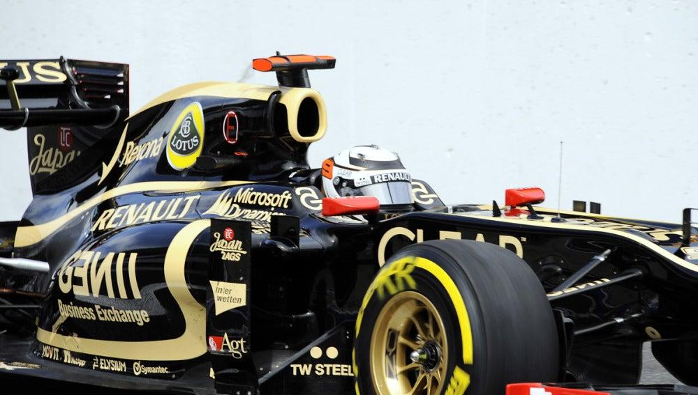 Raikkonen, a lomos de su Lotus
