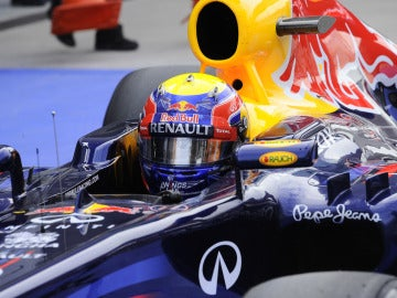 Mark Webber en el cockpit de Red Bull