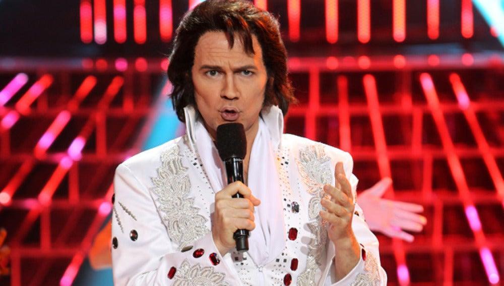 Santiago Segura es Elvis