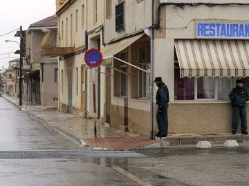 La Guardia Civil vigila las calles de El Salobral