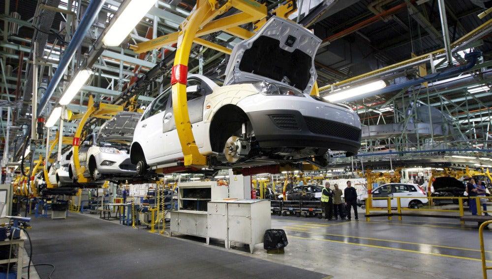 Cadena de montaje en la planta de Ford en Valencia